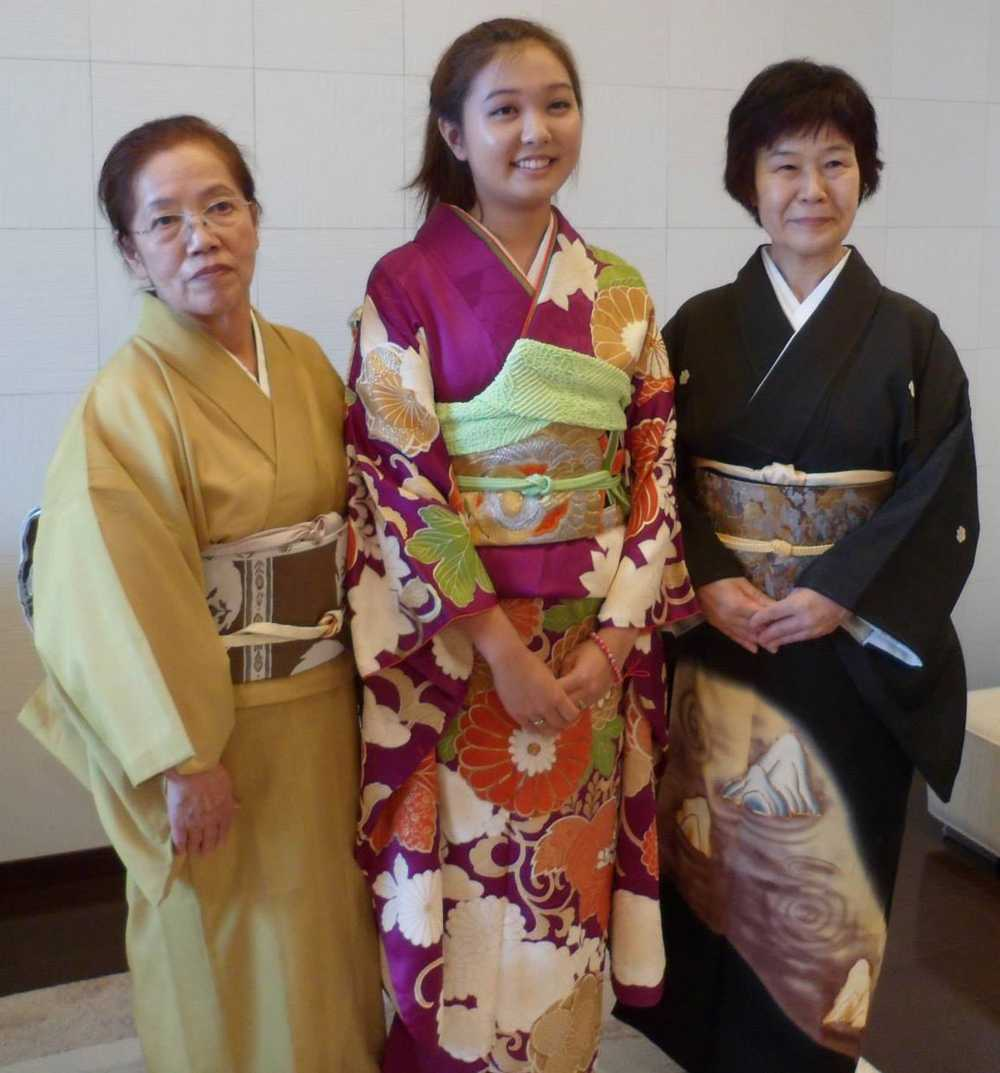 During her time in Japan, senior Sara Tashima had the opportunity to learn how to dress properly in the traditional kimono.