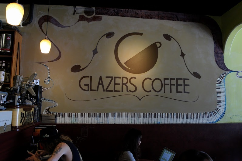 A+creative+mural+inside+of+Glazer%E2%80%99s+that+combines+the+joy+of+music+and+coffee.+Photo+credit%3A+Taylor+McKenzie