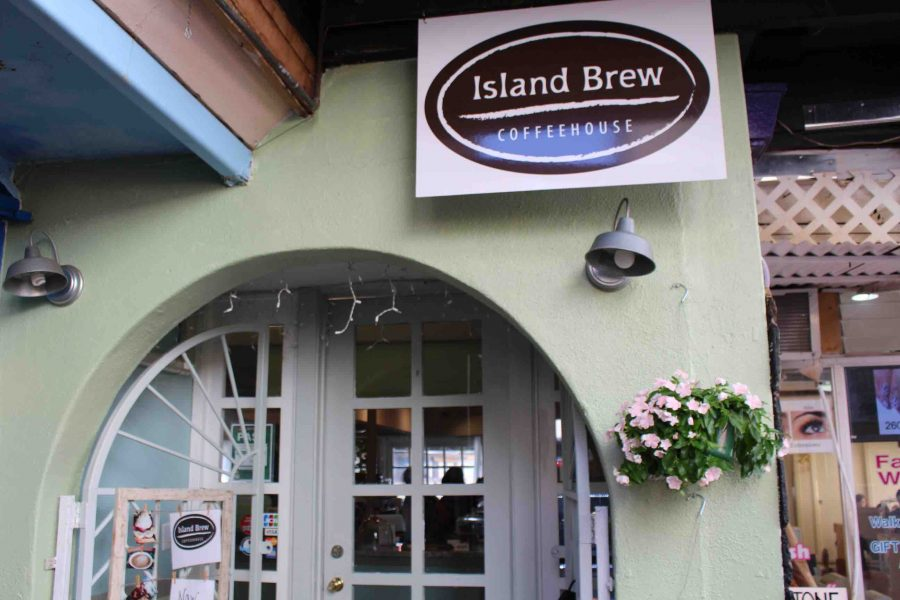 The+entrance+to+Island+Brew+Coffeehouse%2C+located+on+1137+11th+Ave.