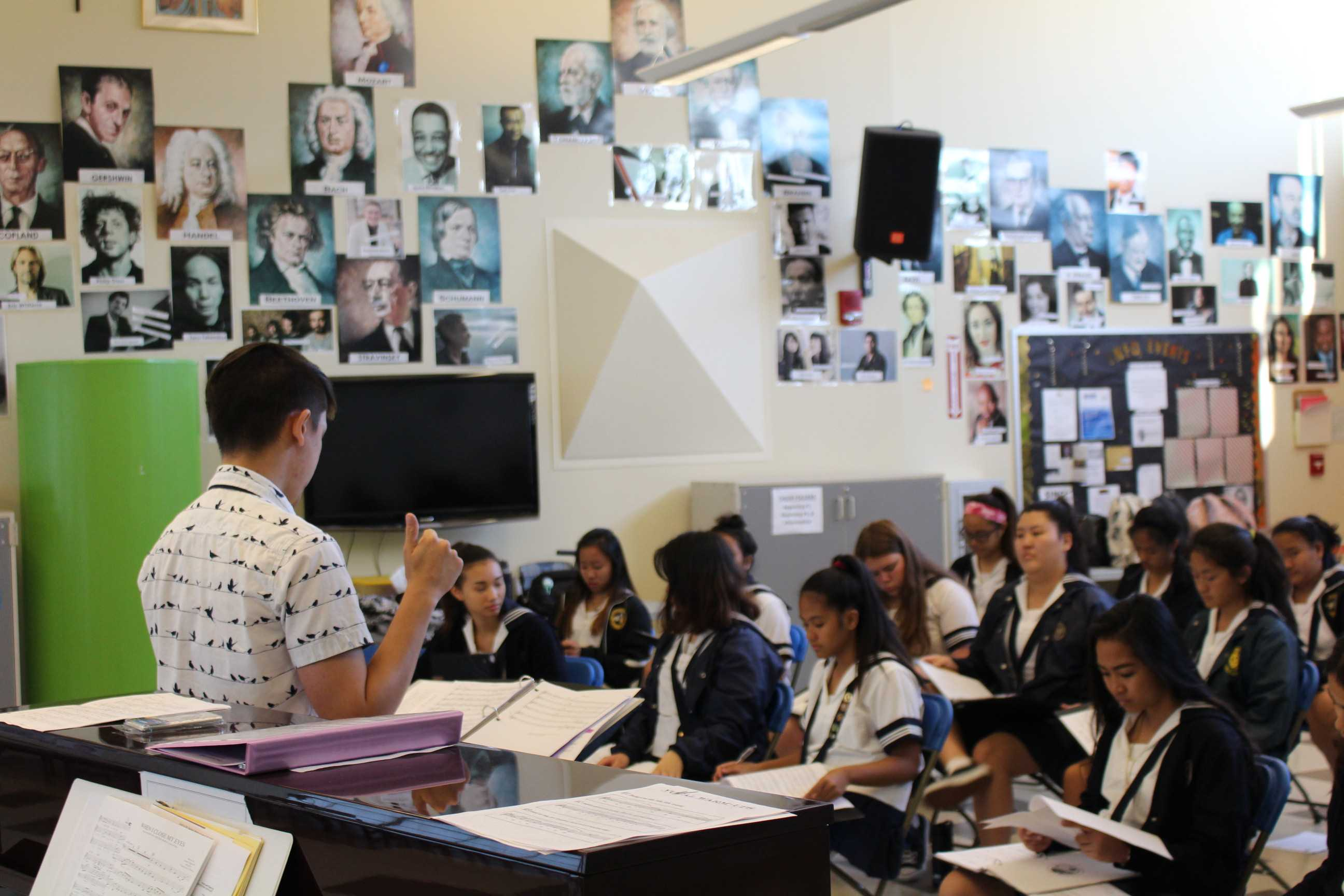 Concert choir students preparing for the Nā Leo Hou: Hawaii All-State Choral Festival. Photos by Rebecca Meyer.