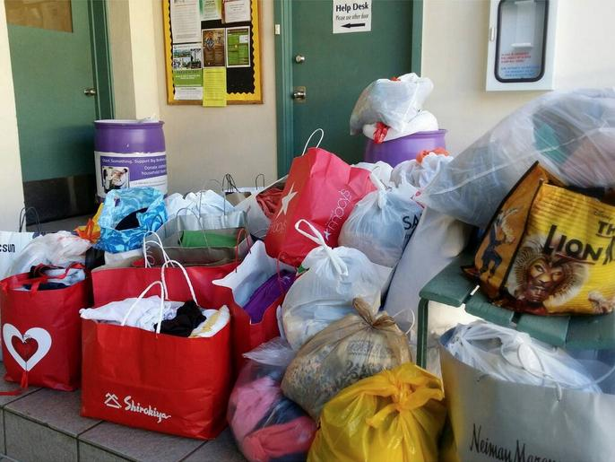 The+Sophomore+Class+gathered+over+60+bags+of+clothing+for+Big+Brothers+Big+Sisters+as+its+class+service+project.