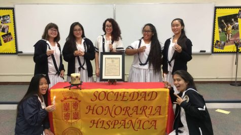Seven Spanish III Honors students were inducted into the Sor. Juana Inés de la Cruz chapter of the Spanish Honor Society.