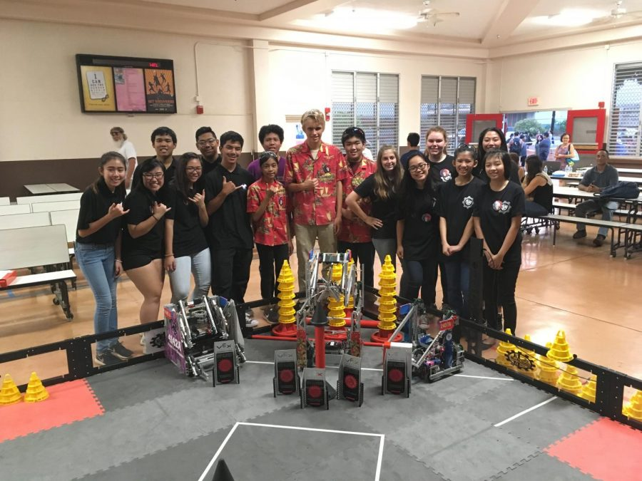 For+the+North+Shore+VEX+Tournament%2C+Sacred+Hearts+Academy+teamed+up+with+Waialua+High+School+and+Pearl+City+High+School.